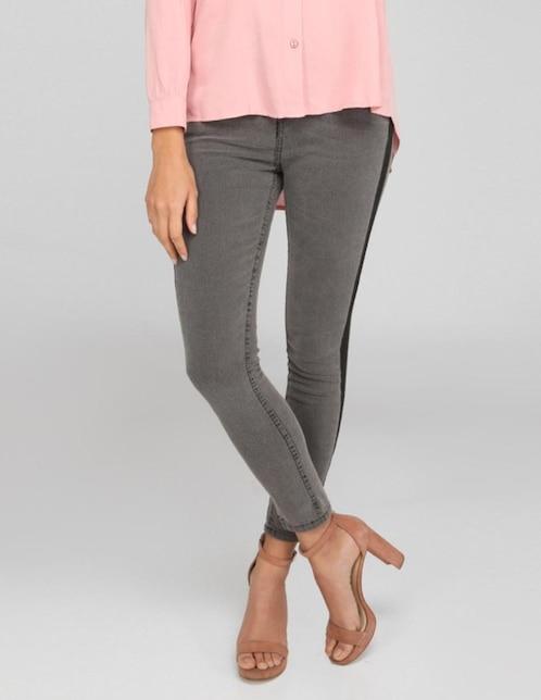 7be006070f Jeans Contempo corte skinny